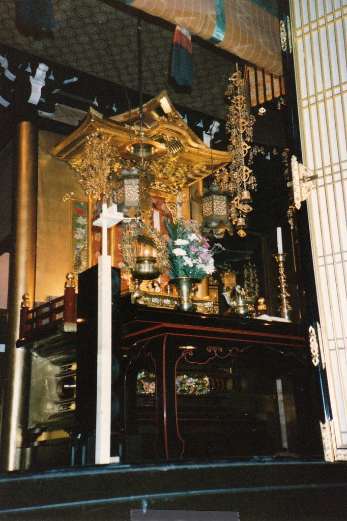 Shun_Mook_Acoustics_Osaka_Temple_Japan_using_Spatial_Stand
